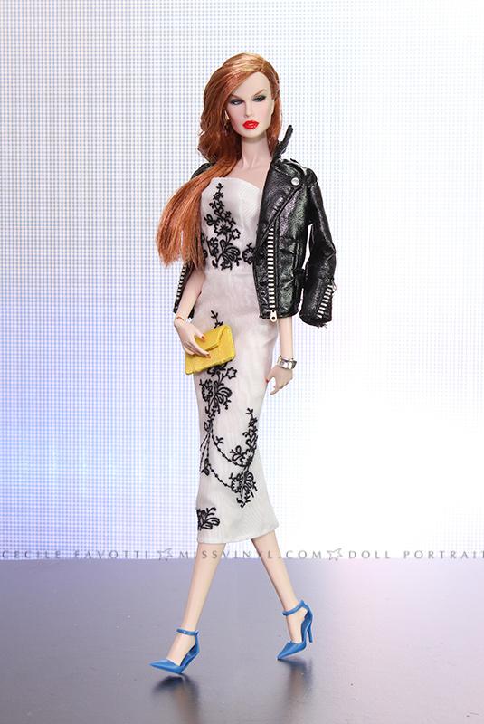 Luchia Z. en robe Barbie Audrey Hepburn, perfecto Barbie Cher